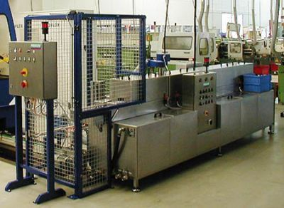 The throughput cleaning machine TW 108 for watery cleaning of lock cylinders 